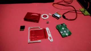 Bateria inflada de un MP3 Shuffle (Clip)