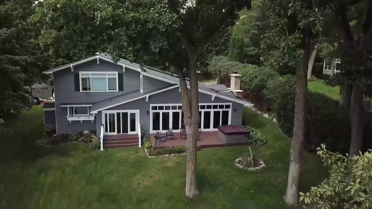 Green Energy Home For Sale on Lake Minnetonka, MN
