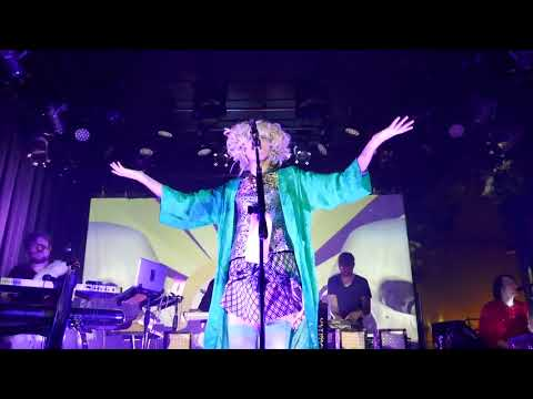 2017-12-14 (2) Of Montreal @ Vinyl Music Hall
