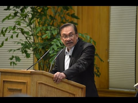 FSI | CDDRL - Anwar Ibrahim speaks on Islam and democracy in Malaysia