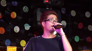 [4k Fancam] 171001 Bùi Anh Tuấn - Tự Khúc Mùa Đông @ Swing Lounge