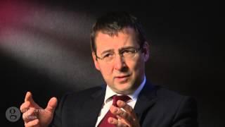 David Gill: Statt Theologie nun Jura