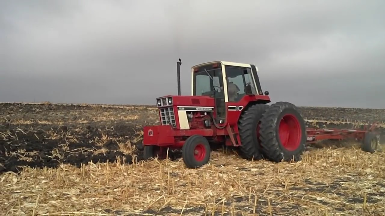 1086 Ih Plowing : Ih plowing youtube