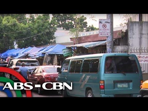 TV Patrol: MMDA nagbabala vs illegal parking sa malls, bazaars
