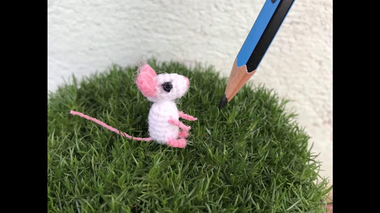 Tim the tiny mouse - Free amigurumi pattern | 720x1280