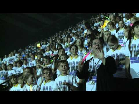 5000 Children Sing - Bruno Mars' Count On Me