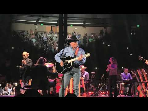 George Strait - Entrance & Write This Down/2018/Austin, TX/Frank Erwin Center