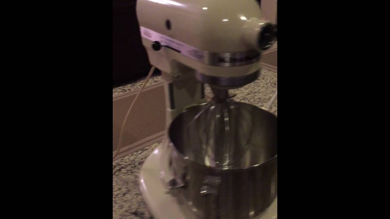 Kitchen Aid Stand Mixer K5SS with 3 attachments - YouTube