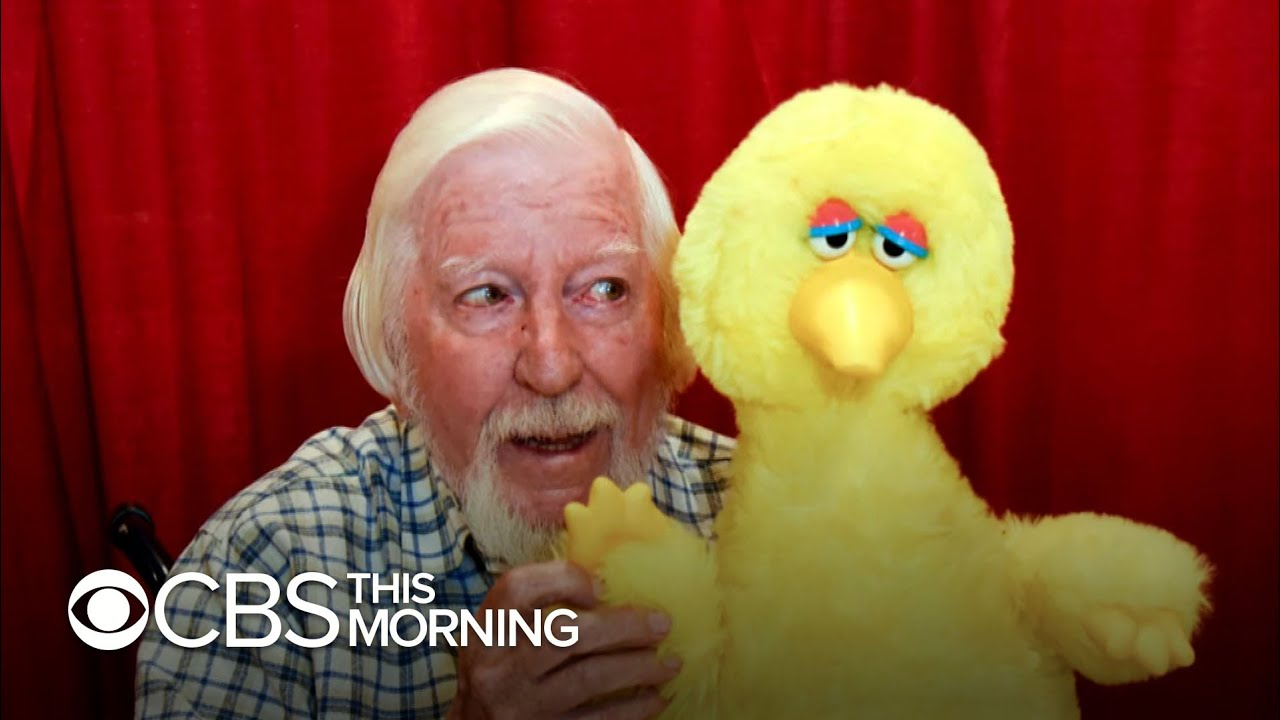Caroll Spinney Sesame Street Puppeteer Who Played Big Bird Dies At 85