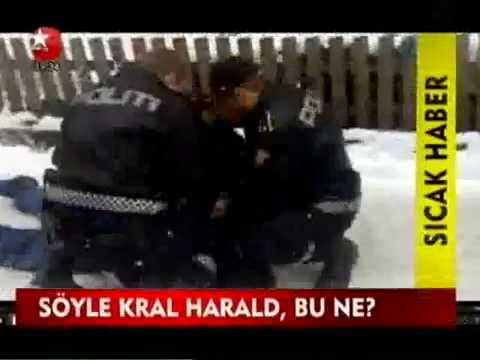 Eine türkische Frau in Norwegen stirbt wegen der Polizei , die familie wird geschlagen !!!