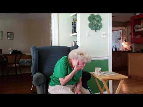 95 Year Old Grandma and Alexa