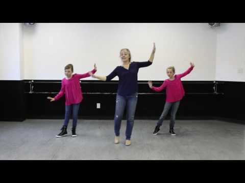 Groovin' Elf - MusicK8.com Kids Choreography Video