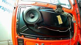 Как снять обшивку двери Вольво ФШ 12, 13. Door trim replacement Volvo FH. Установка аудио колонок.