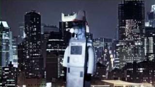Drinkbot vs Robot Box - Tiki Bar TV