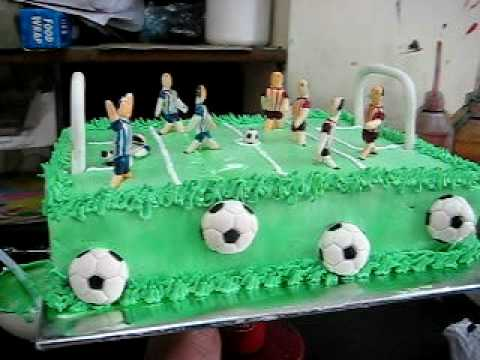 Play football on a cake