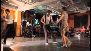 Школа танцев  Простые движения