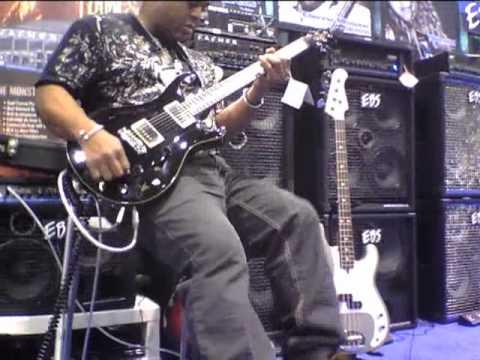 EBS Pedal Artist, guitarist Mike Scott at EBS booth, NAMM 2011, prt 1