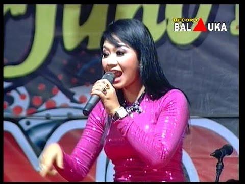 Ratna Antika ~ AKU RAKUAT Monata Live in TEMPEL Rembang 2015