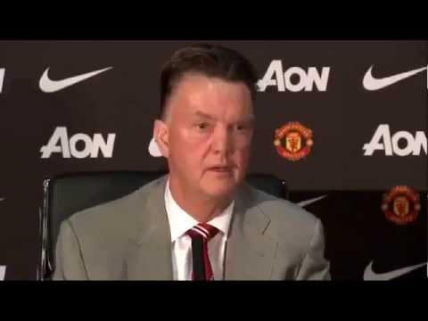 Louis Van Gaal vs David Moyes - First Press Conference as Manchester United Manager [captions]