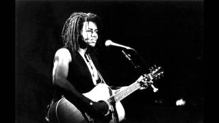 Tracy Chapman - Still I cry (live Denver)
