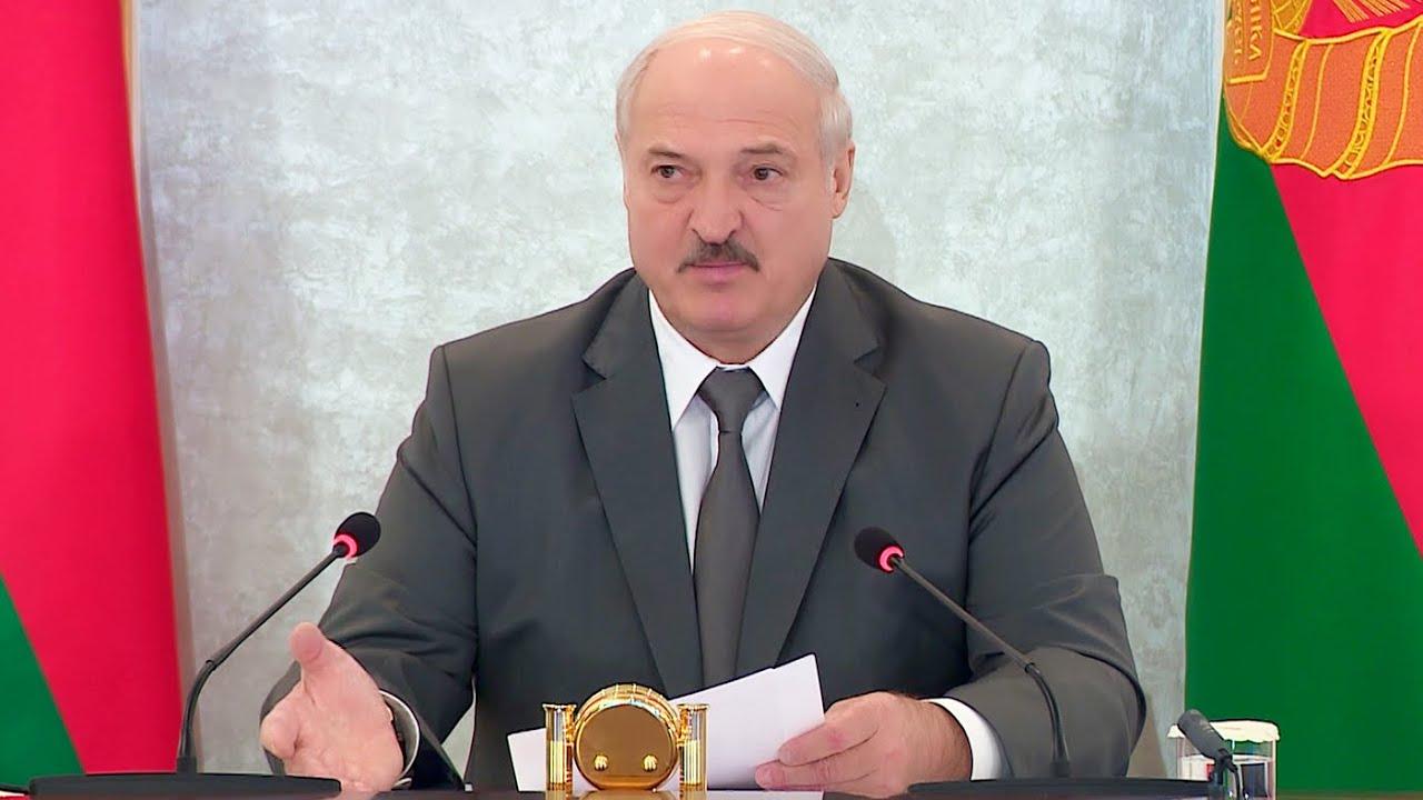 Лукашенко: Открытое враньё в интернете! Иностранные войска в Беларуси, техника из России в Беларуси…
