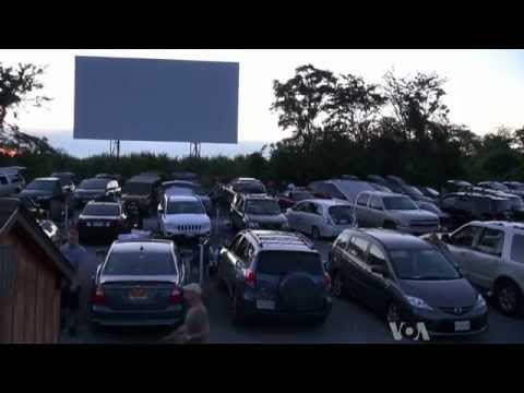 Drive-in Movies in US Still Draw Crowds