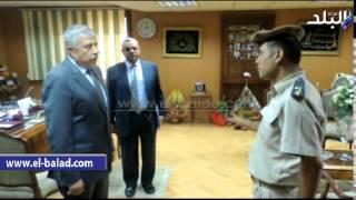 بالفيديو والصور..أمن الغربية يسدد 15 الف جنيه لـ'غارم' بسجن كفر الزيات