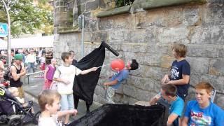 Klappergaul klaut Luftballon