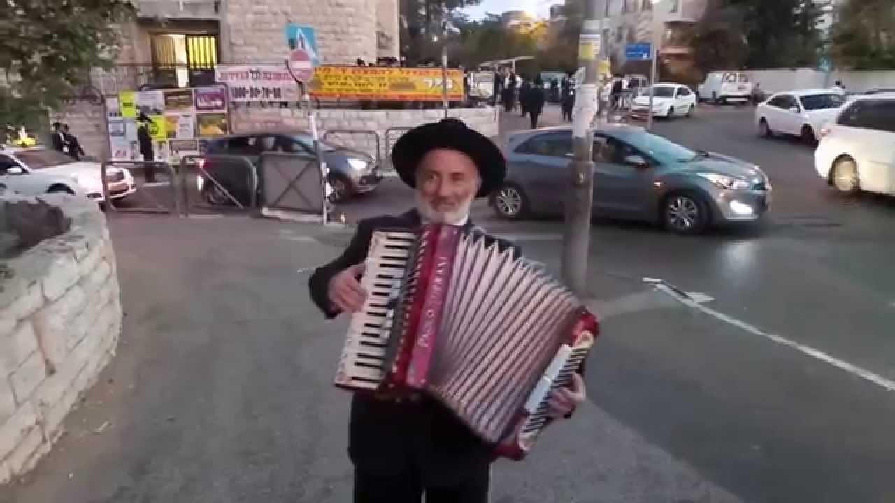 "Картинки по запросу ""человек-аккордеон фото"""