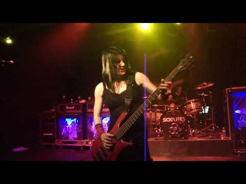 Emma Anzai, Sick Puppies Bass Solo