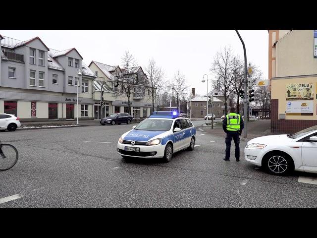 Shortnews: Autokorso in Senftenberg gegen Coronamaßnahmen