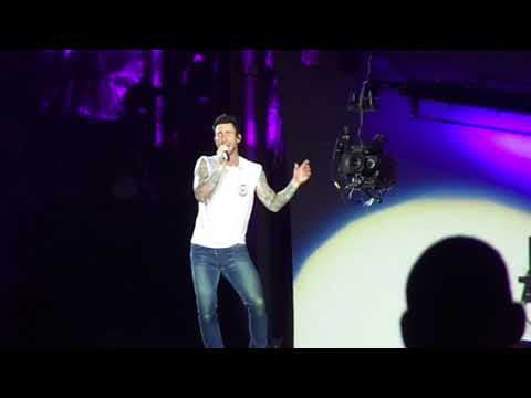 Maroon 5 - Don't Wanna Know (Live at Rock...
