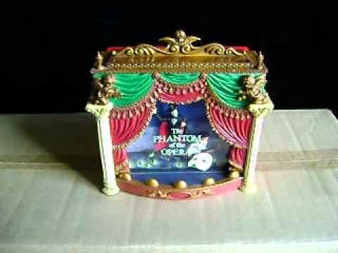Phantom Of The Opera Carlton Christmas Ornament 1999 - YouTube