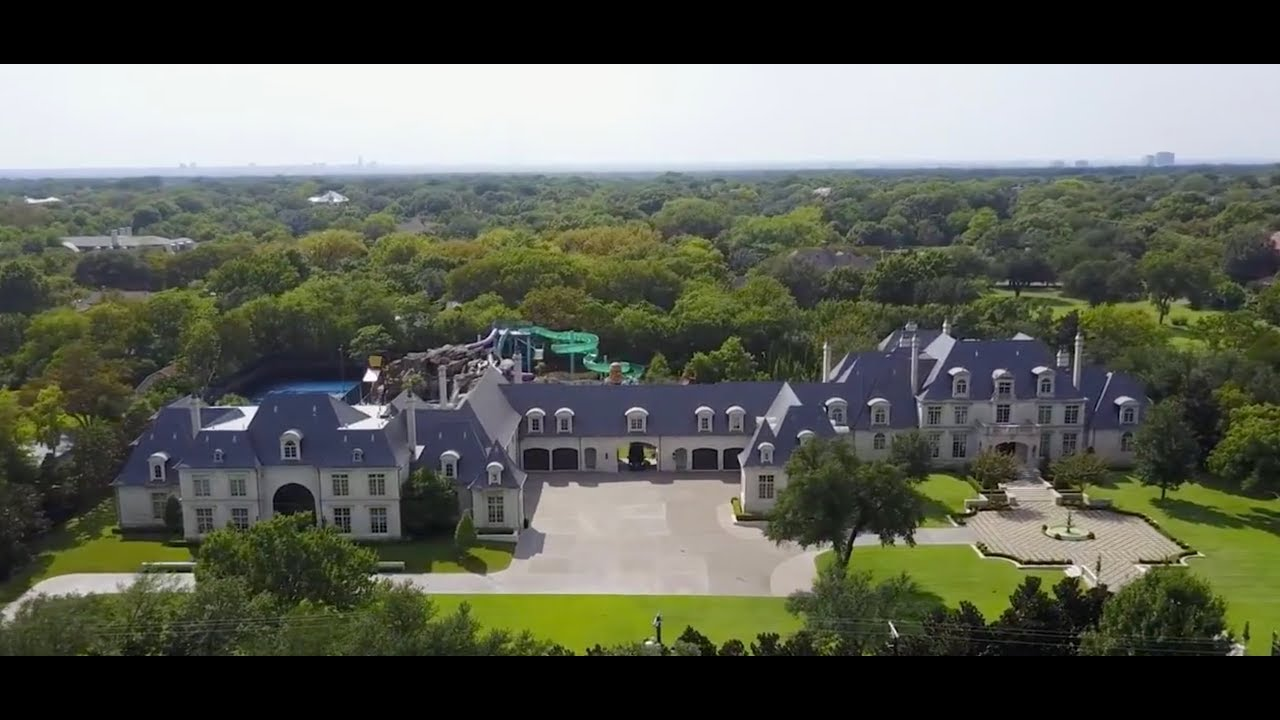 LARGE Multi Million Dollar Mansion With A Backyard Waterpark Must See