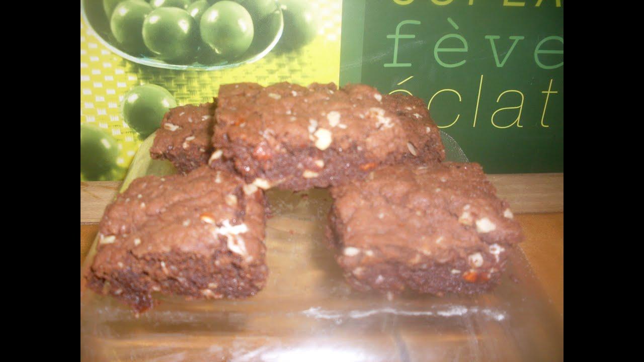 comment faire des brownies caramel noisettes chocolat recette brownie youtube. Black Bedroom Furniture Sets. Home Design Ideas
