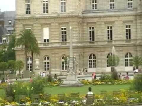 Luxembourg Palace in Paris with Ray&Row