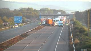 M5 lorry crash 24/10/13 from Burnham-On-Sea.com