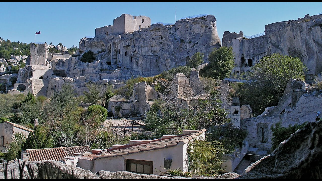 travel france les alpilles baux de provence glanum st remy youtube. Black Bedroom Furniture Sets. Home Design Ideas