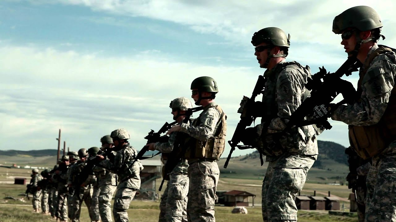 Soldiers practicing firing movements at Green Beret training ...