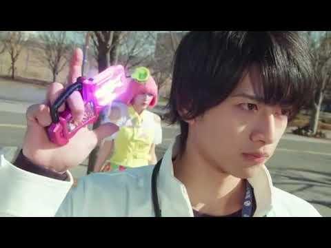 Kamen rider x super sentai : Chou super hero taisen