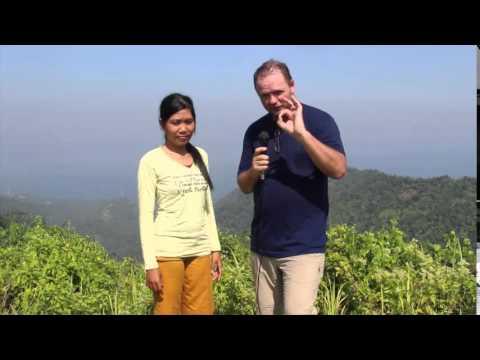 Lombok Rough and Ready 09: Hiking Pusuk Monkey Forest to Batulayar