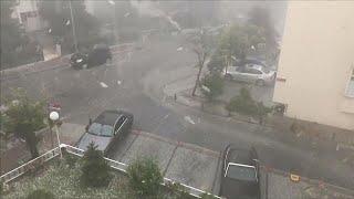 Σφοδρή νεροποντή και χαλαζόπτωση στην Κωνσταντινούπολη