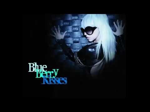 Lady Gaga - Blueberry Kisses