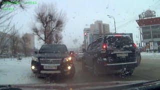 В Казани внедорожник Toyota попытался проехать до