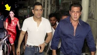MS Dhonis MACHO ENTRY With Salman Khan And Wife Sakshi Dhoni At Race 3 SPEC AL Screening