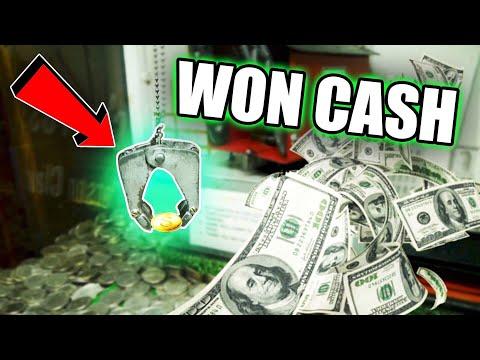 WINNING MONEY FROM RARE CLAW MACHINES!
