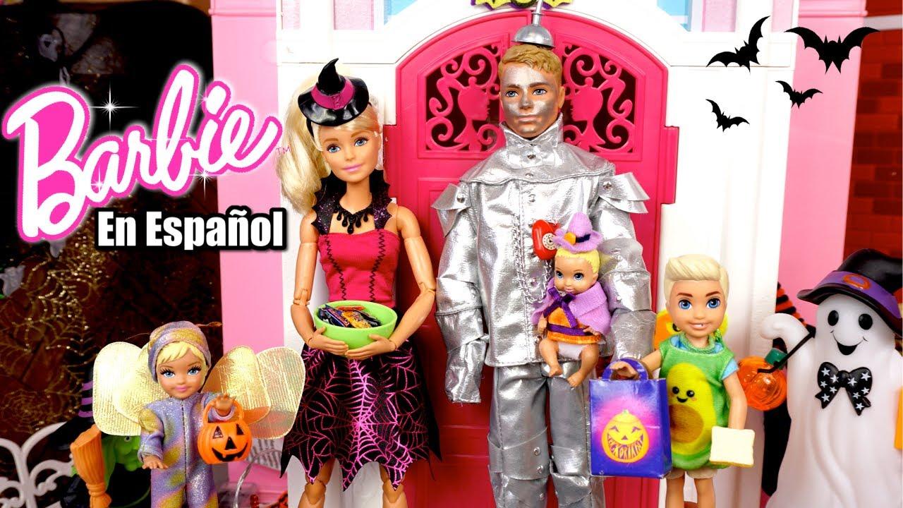 Bebe de Barbie Celebra Halloween! Episodio de Noche de Brujas Para niños