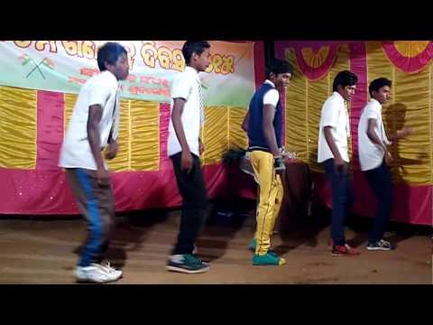 Republic day dance by makaraguda boys.