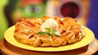 Рецепт недели: пирог с вишней, орехами и цукатами