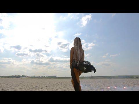 Innoss'B - Top Model (Official Video)